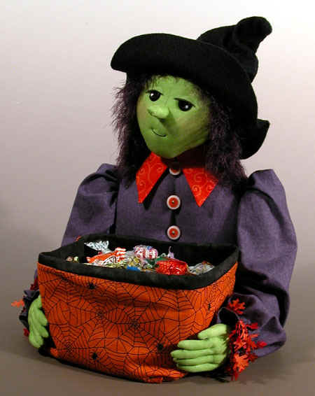 candy_witch.jpg (76959 bytes)